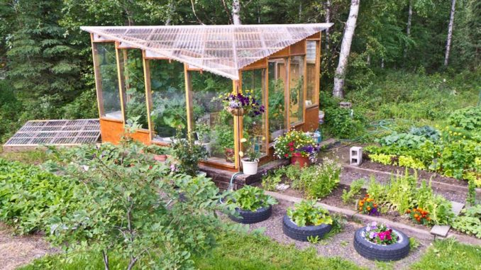 szklarnia ogrodowa